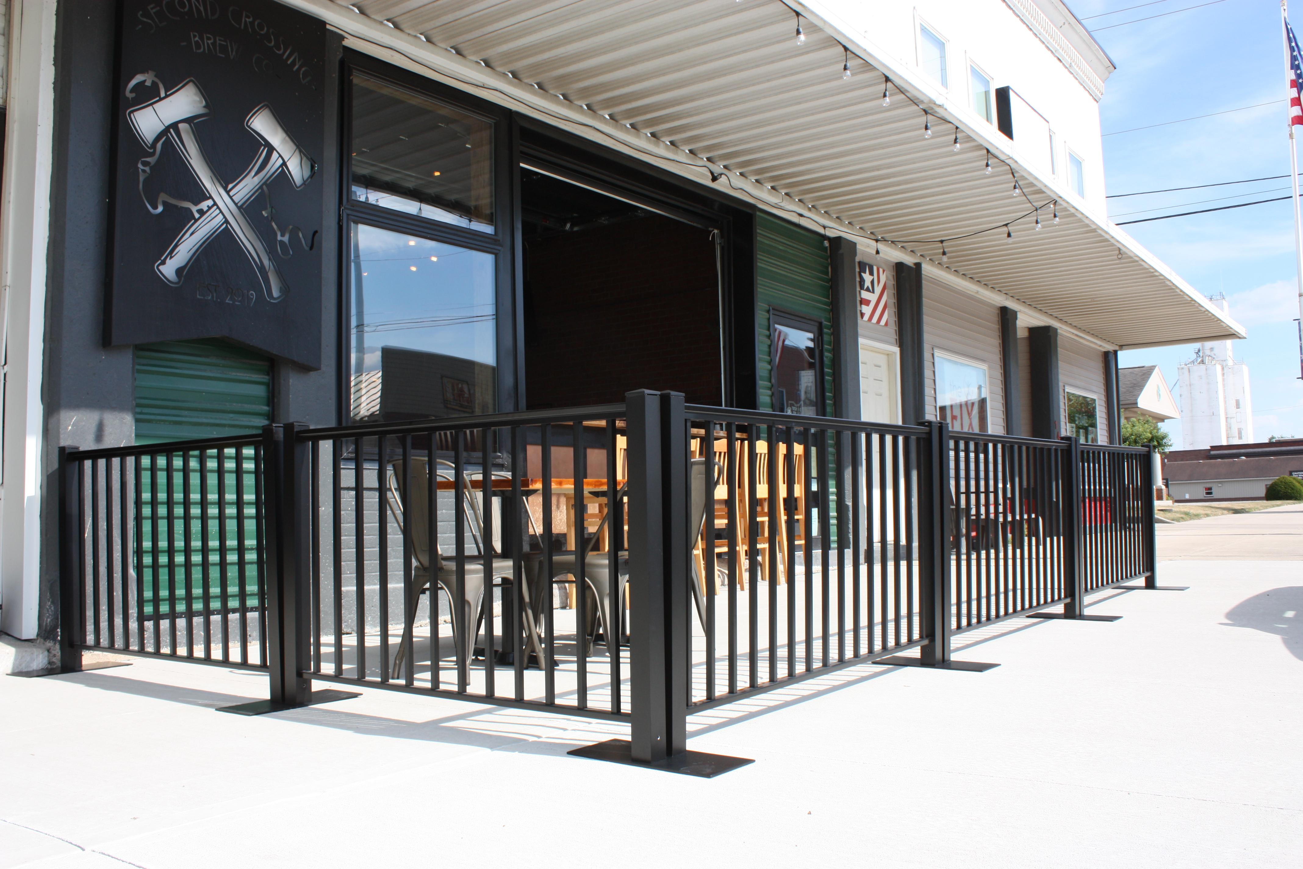 Ready Railing creates an outdoor dining area at a local brewery.